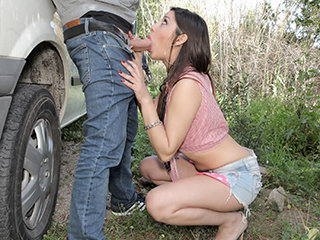Latina hottie Angie gets some quick cash in exchange for a good fuck